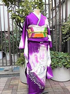 紫に飛び立つ鶴、在銘モダン振袖レンタル